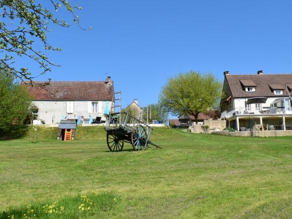Sud Bourgogne. Beaune 25 min. Chalon S/Saône 30 min. BELLE PROPRIÉTÉ AVEC VUE EXCEPTIONNELLE